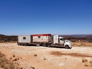 Roma Transport Services specialises in the Oil & Gas Industry - Rig Support